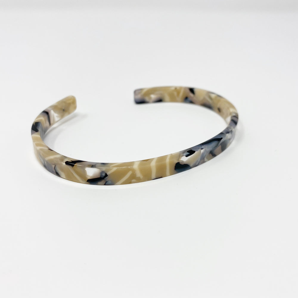 Skinny Cuff in Beige and Black