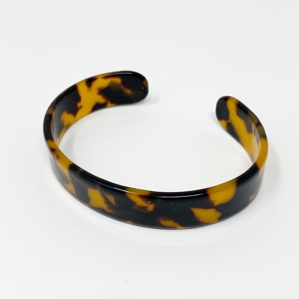 Medium Cuff in Tortoise