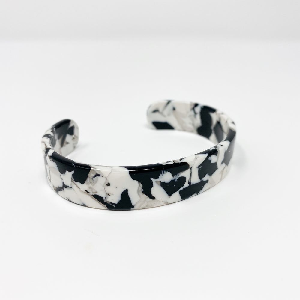 Medium Cuff in Black and White
