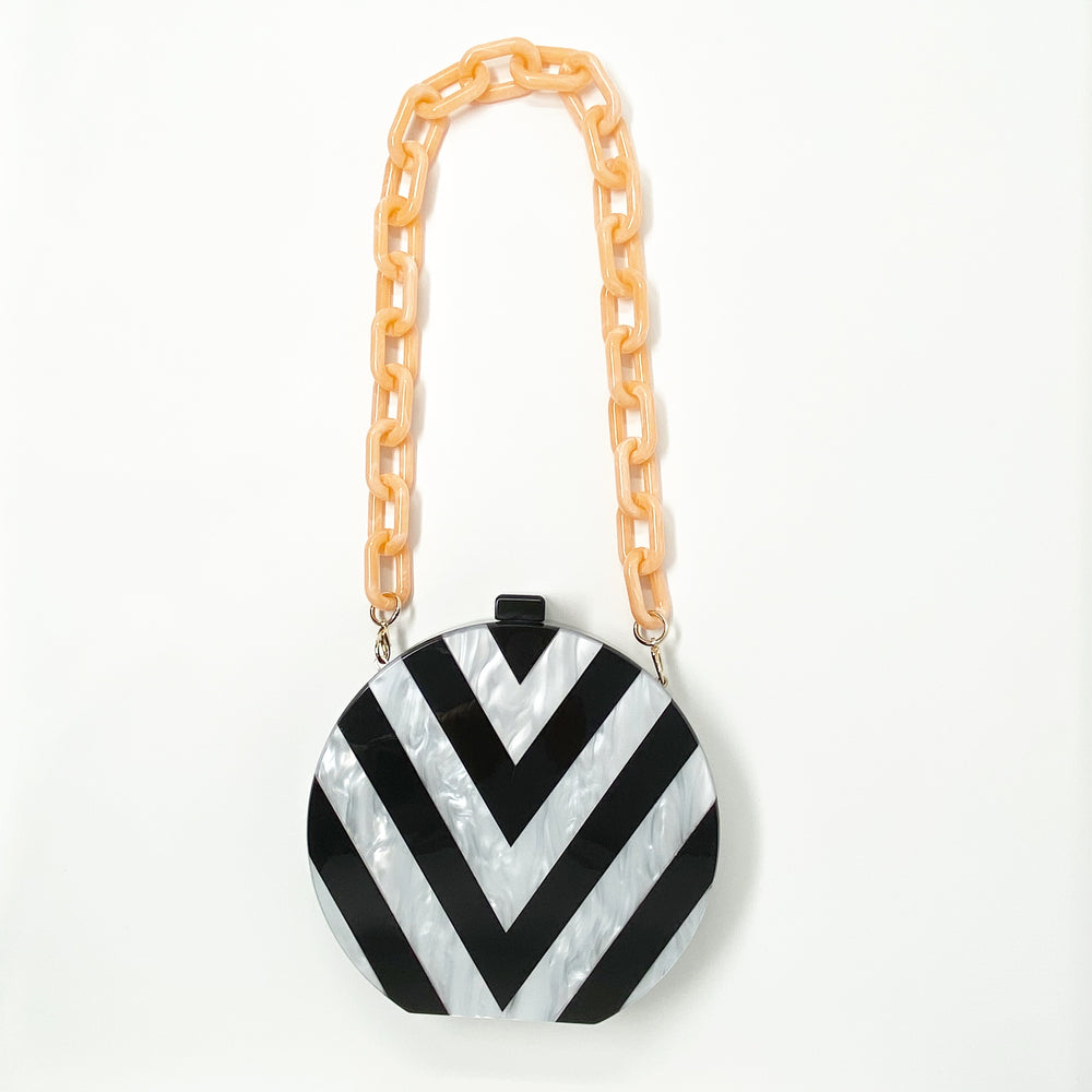Chain Link Short Acrylic Purse Strap in Peach