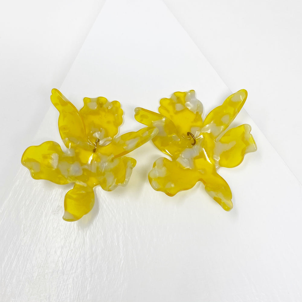 Paper Lily Earrings in Yellow