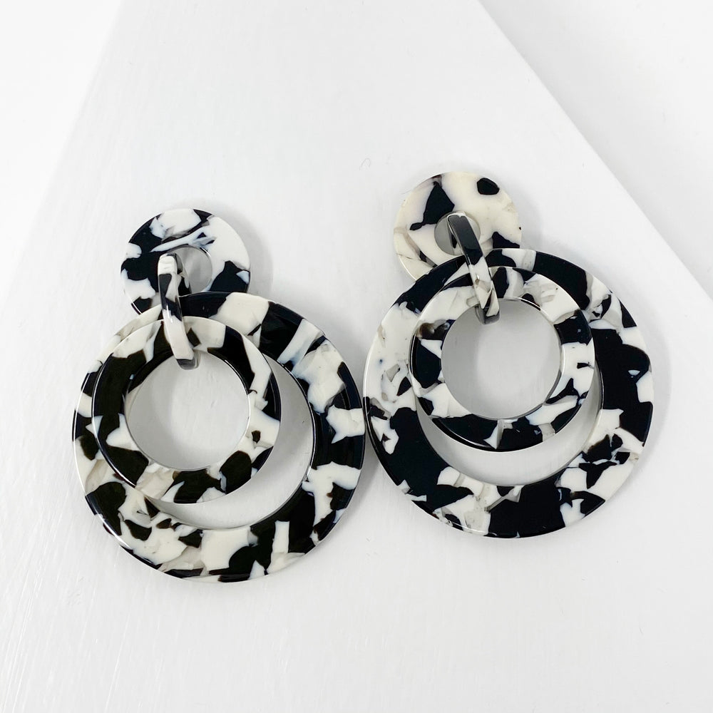 Banded Hoop Earrings in Black and White