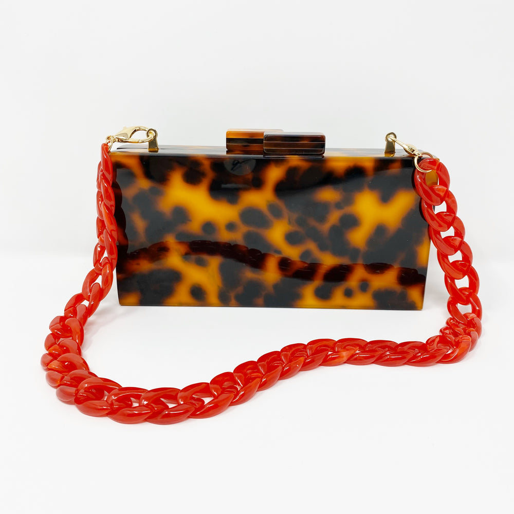 Chain Link Short Acrylic Purse Strap in Red