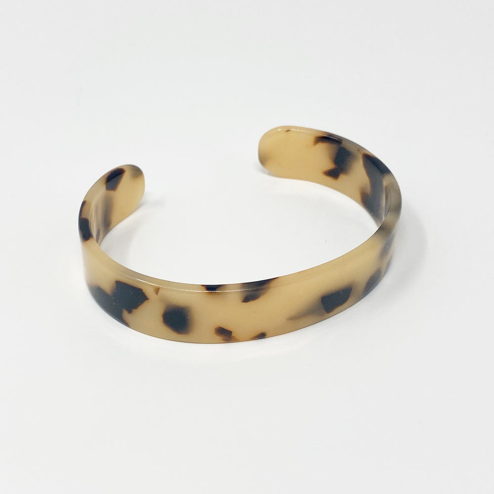 Medium Cuff in Blond Tortoise