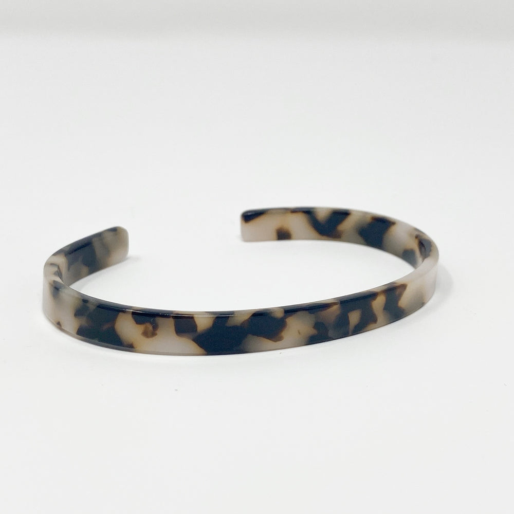 Skinny Cuff in Black and White Tortoise