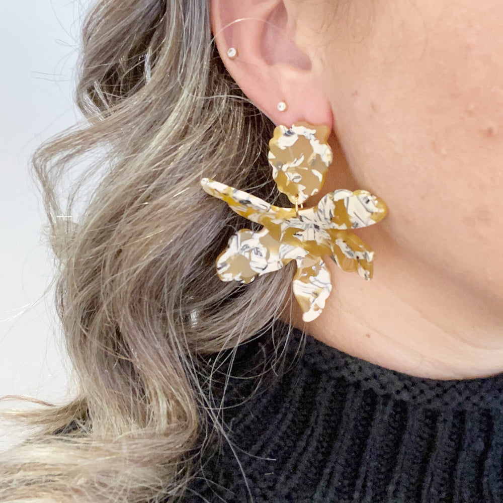 Paper Lily Earrings in Amber