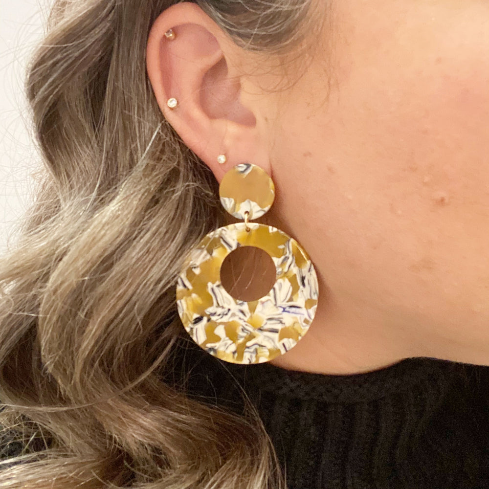 Open Circle Mod Drop Earrings in Amber