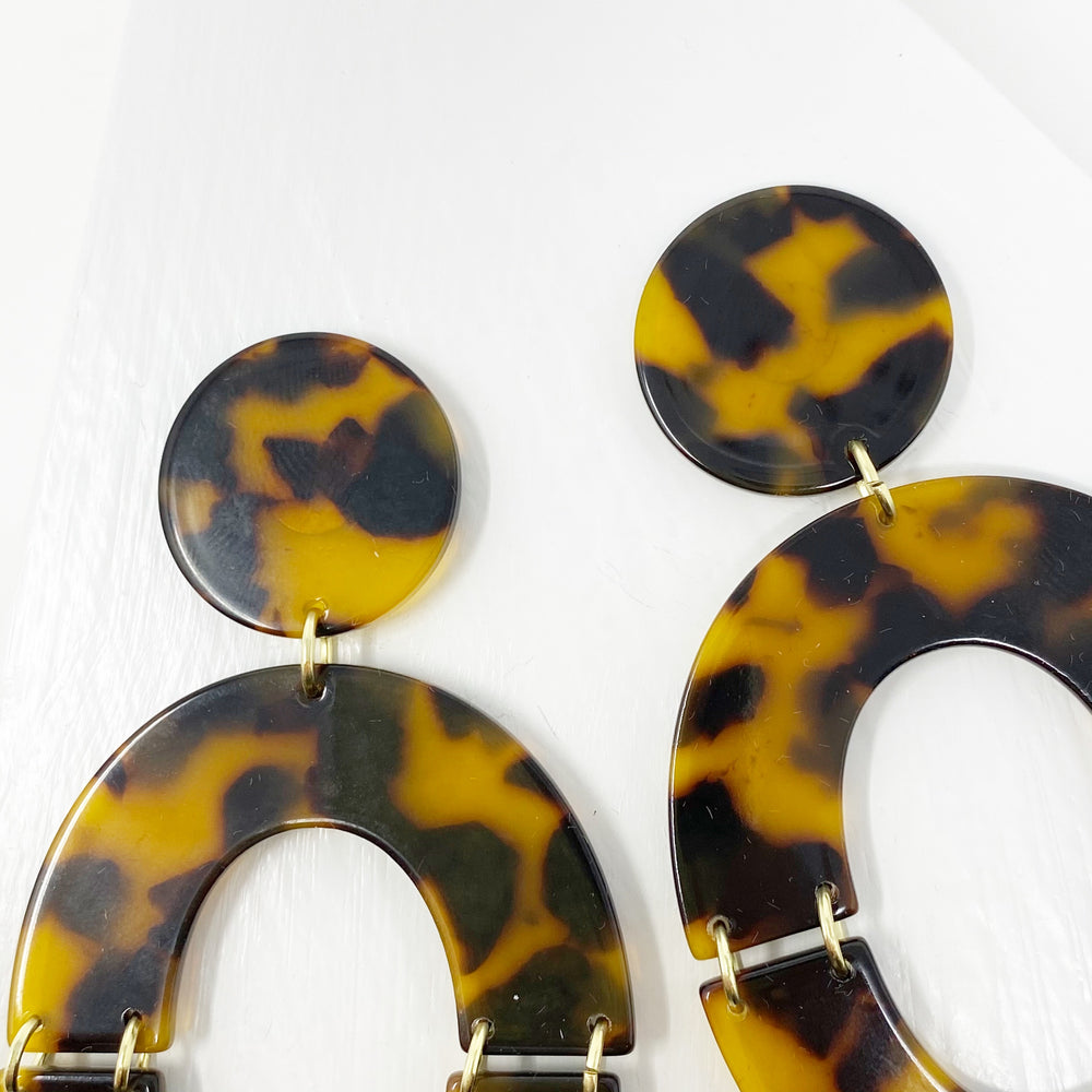 Open Oval Earrings in Tortoise