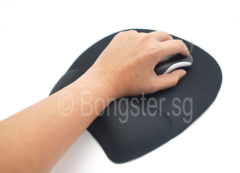 Large mousepad in use