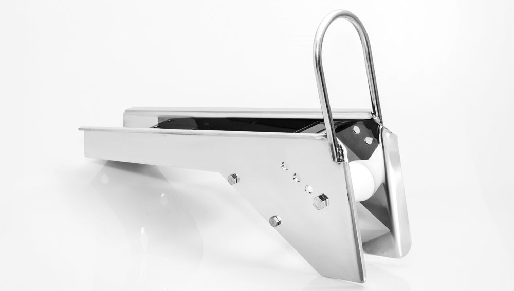 Delta 23 Bow Roller - Mirror or Polish Finish