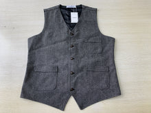 Load image into Gallery viewer, Saqulopr Vests Made to Order Grey Herringbone Tweed Waistcoat