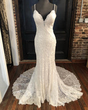 Load image into Gallery viewer, Mermaid Wedding Dress Ivory Beaded Lace