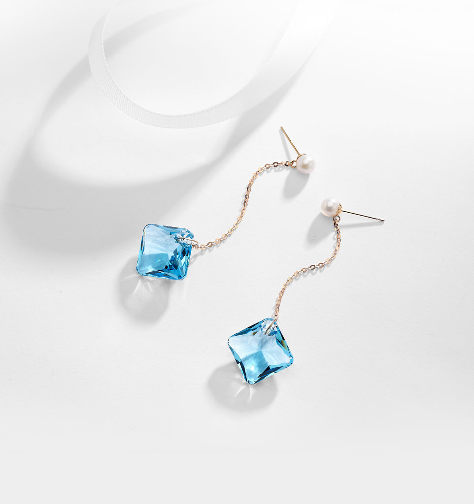 Quatre Earrings In Aqua