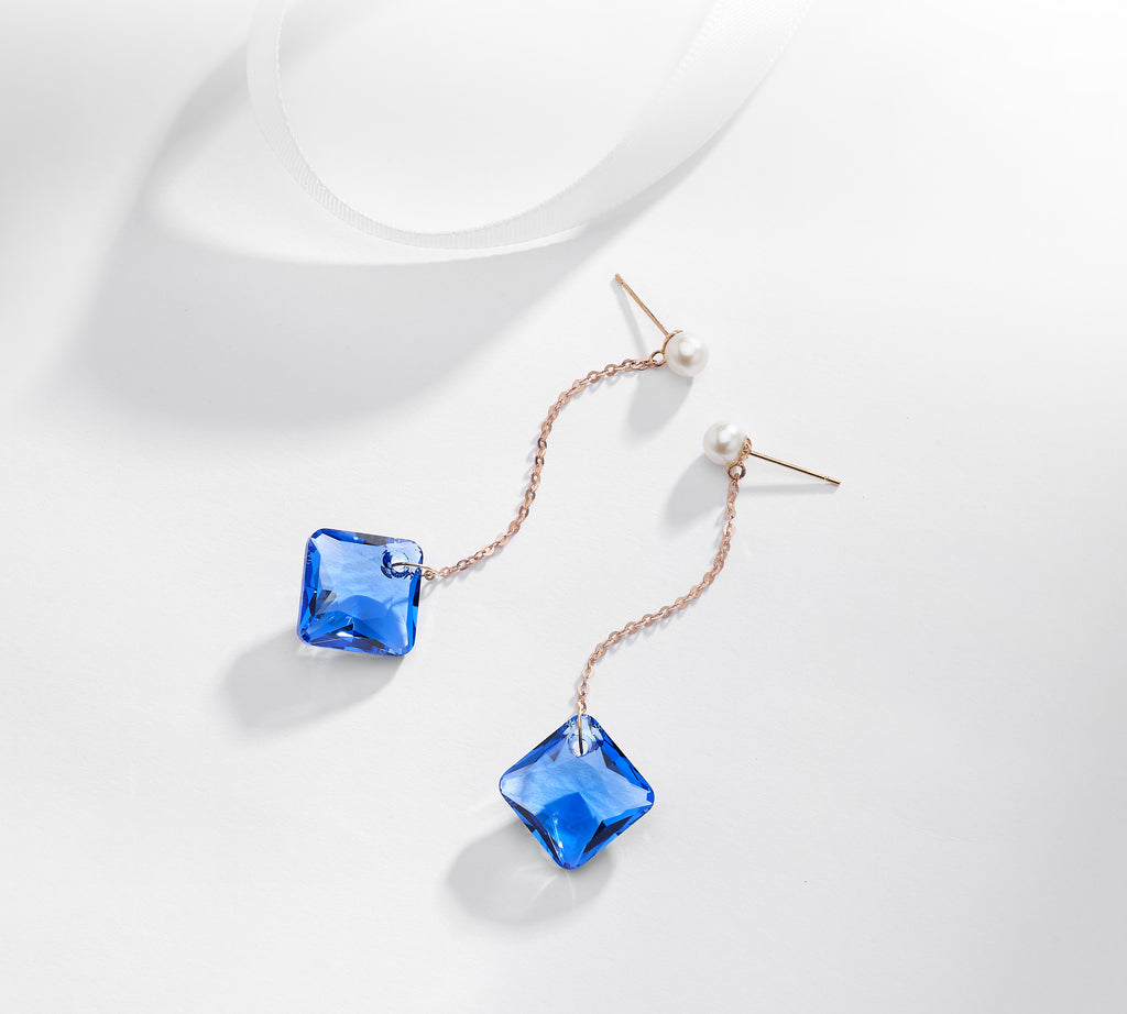 Quatre Earrings In Midnight Blue