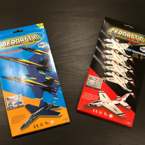 Aerobatic Team Toy Model