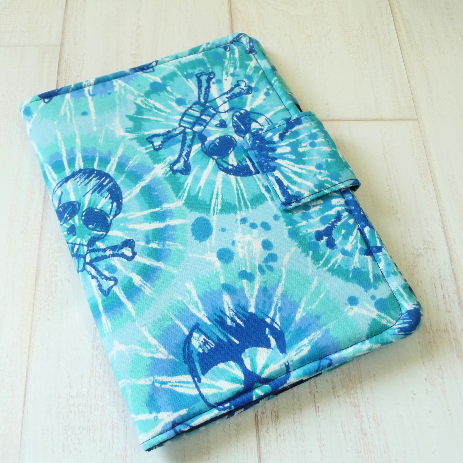 Blue Tie Dye Skulls Kindle Cover