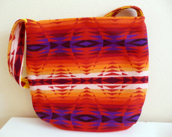 Bright Red Southwest Wool Shoulder Bag Tote