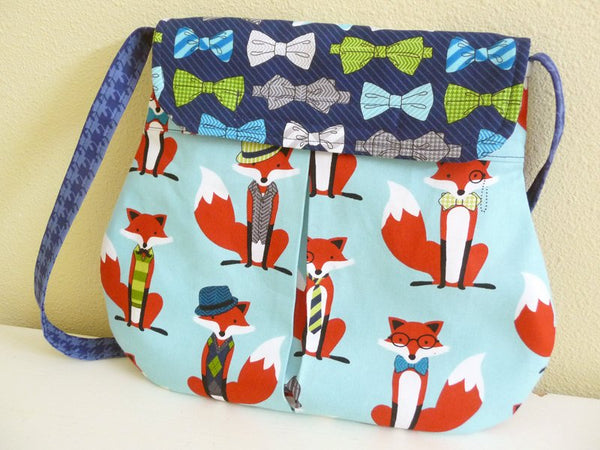 Smart Dapper Foxes Pleated Hipster Bag