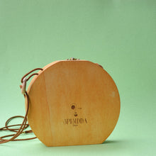Load image into Gallery viewer, spisidda design borsa di legno artigianale pappagallo