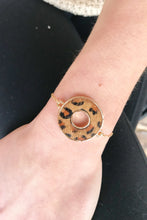 Load image into Gallery viewer, Leopard Animal Print Circle Slide Bracelet