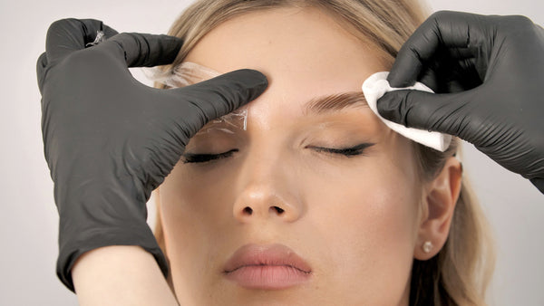 Styling and lamination of eyebrows