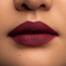 Load image into Gallery viewer, matte lipstick long lasting Matte Constance duo Vivienne Sabo| Shades 30 (pale pink nude) & 37 (marsala)