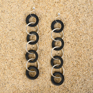 Highlands Short Black Wood Chain Earrings