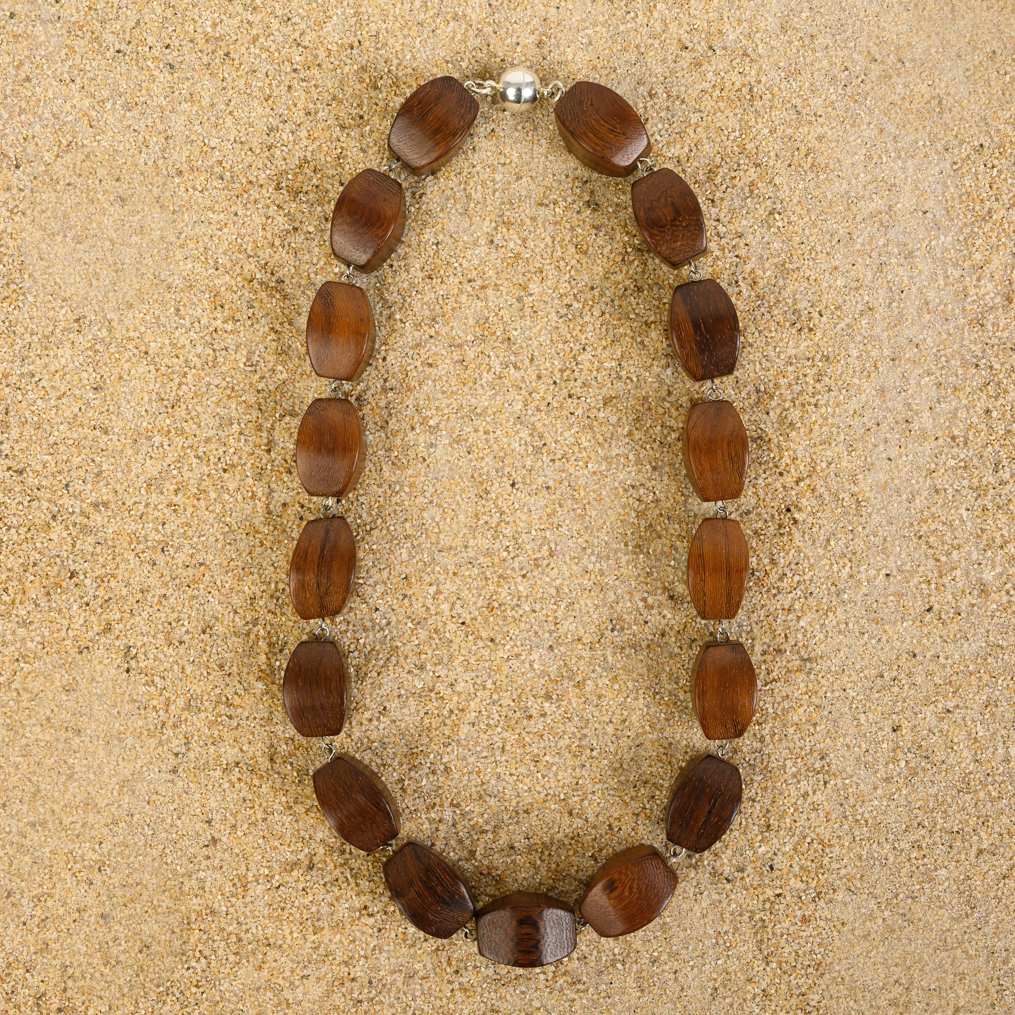 Rumson Convex Rectangle Wood Chain Necklace