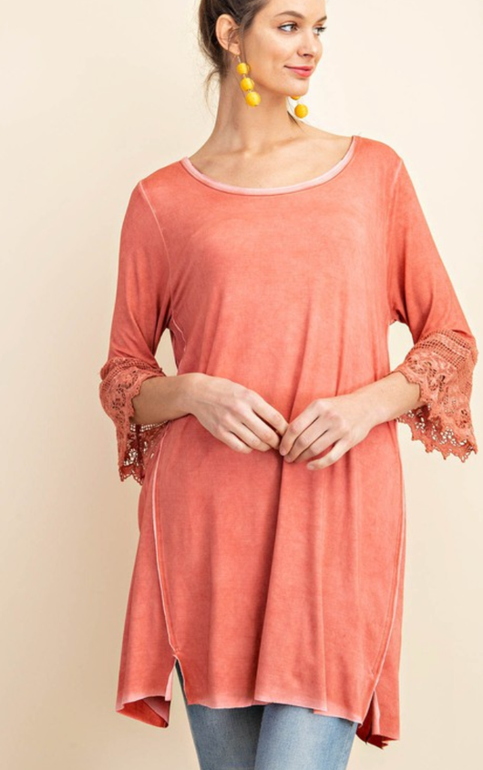 Oil Washed Tunic With Lace Sleeve
