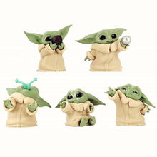 Laden Sie das Bild in den Galerie-Viewer, The Mandalorian Baby Yoda Figuren Set kaufen