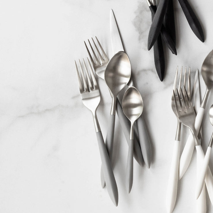 Ares Argento & Light Gray Five-Piece Place Setting