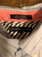 Load image into Gallery viewer, Tommy Hilfiger Crest Logo Collar Shirt