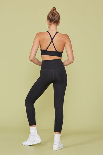 The Compressive High-Rise Legging in Black