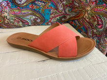 Load image into Gallery viewer, Type Flat coral sandal