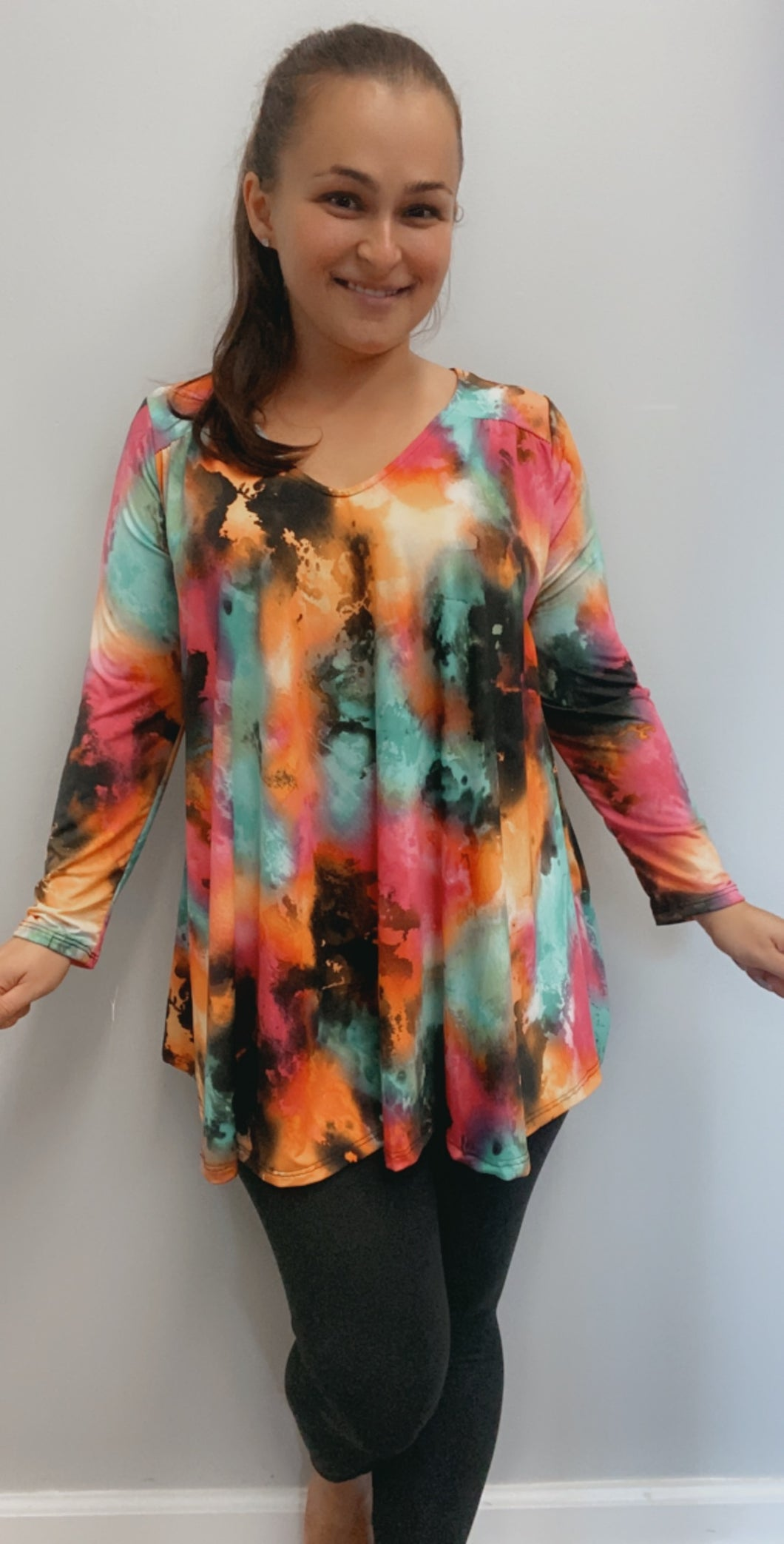 3/4 Sleeve tie dyed v neck