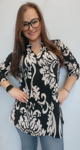 Black and ivory 3/4 sleeve tunic