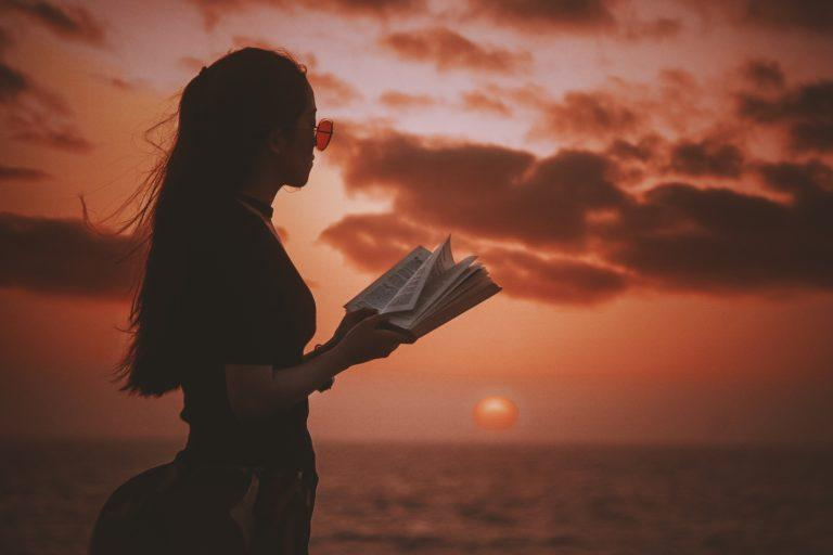 7 Sensual Poets You Absolutely Must Read