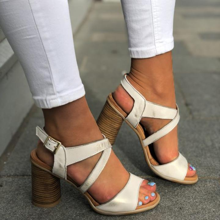 Women Chunky Heel Buckle Strap Pumps Sandals