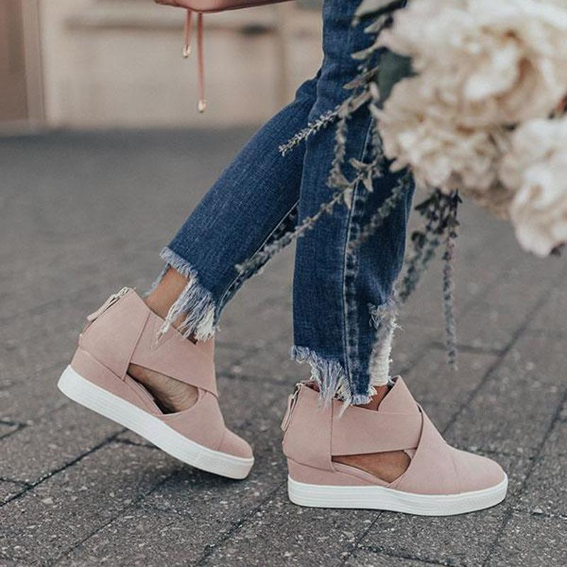 Comfortable Faux Leather Wedge Sandals