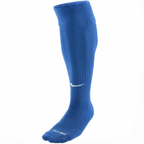 Nike Classic Cushioned Sock | Macey's Sports