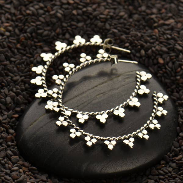 Silver Hoop Earrings w Twisted Wire and Granulation 40x40mm