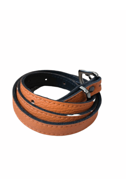 Kirsten Schjønning - Gun Buckle Belt 1517 - Orange Leather - Bælter - porteagauche