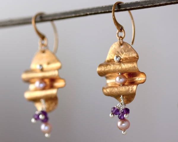 Ripple Earrings - Pearl, Amethyst