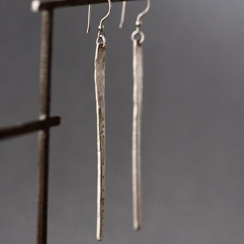 Spike Earring (Long, long, long)