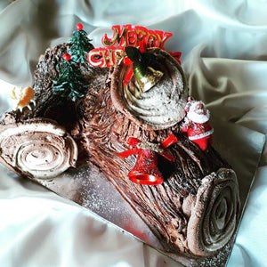 Chocolate Yule Log - Divine Cakes