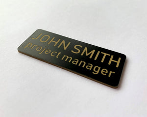 Name badges with rounded corners - gold plastic