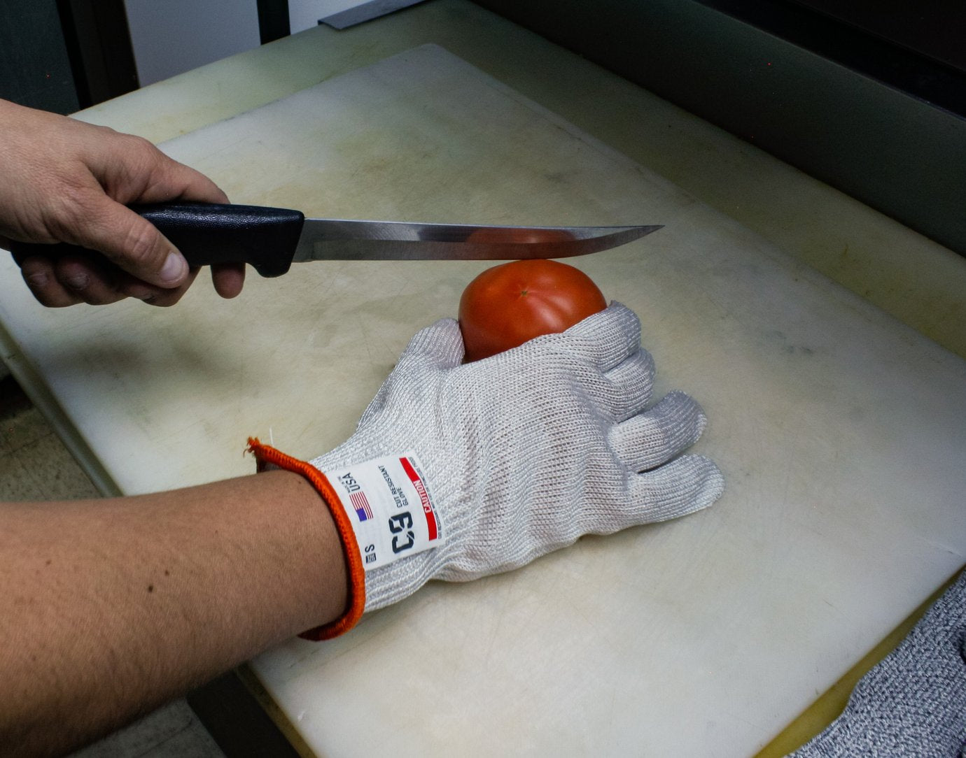 Cut Resistant & Steel Mesh Gloves