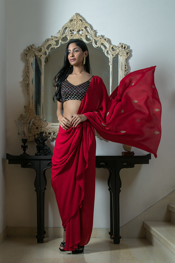 Bandhej Blouse with Drape Saree