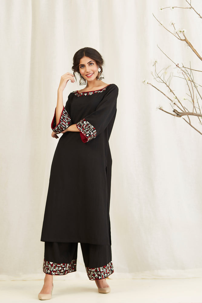 BLACK LINEN EMBROIDERED TUNIC WITH FARSHI
