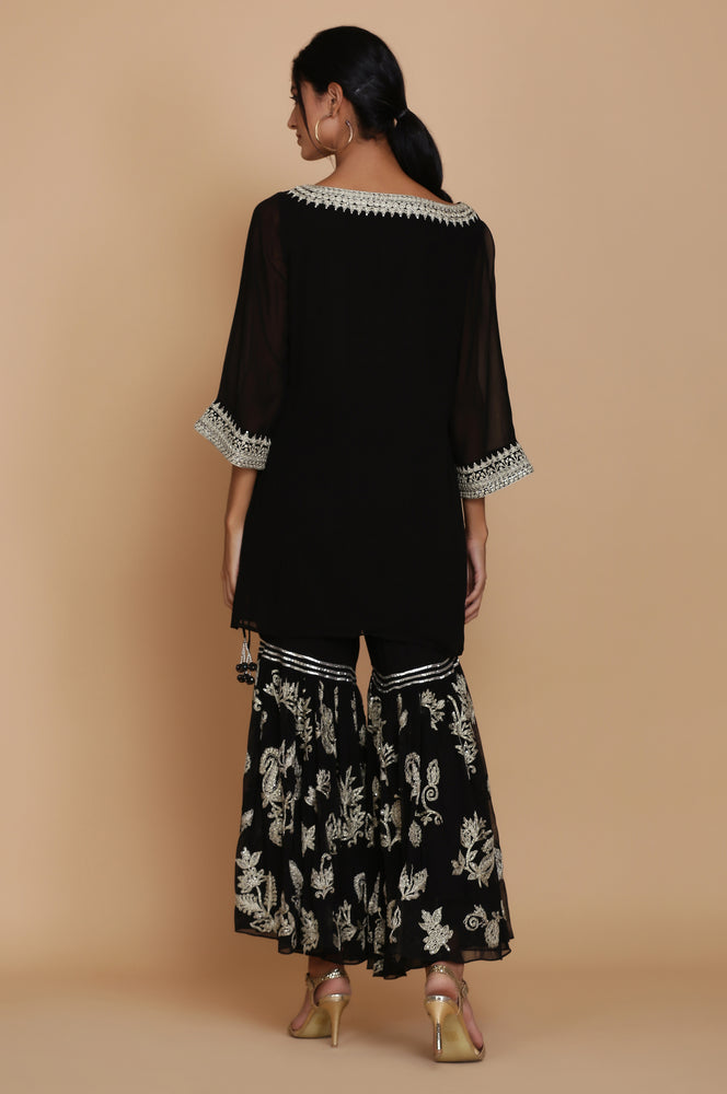 BLACK SHORT TUNIC WITH HEAVY EMBROIDERED GHARARA